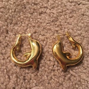 Dolphin hoop shaped earrings (gold-plated)